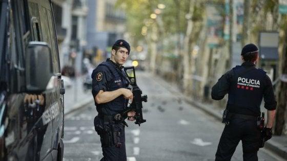 Attentato Barcellona, la mente dell'attacco collaborava con i servizi antiterrorismo