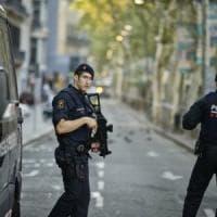"""Gli 007 di Madrid ammettono: """"L'imam dietro alla strage della rambla era un nostro..."""