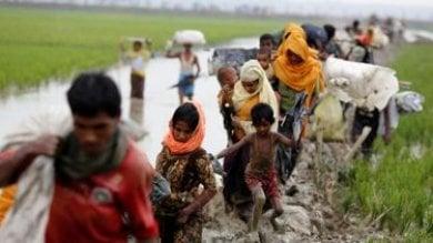 Bangladesh: zattere improvvisate  in arrivo dal Myanmar, aumentano i rifugiati