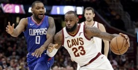 LeBron show, Clippers ko  Spurs, successo in rimonta