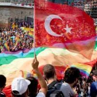 """Turchia, vietati ad Ankara tutti gli eventi Lgbti. Governatore: """"Decisione per mantenere..."""