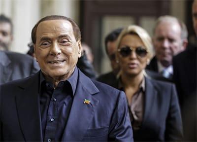 Berlusconi e la nuova corte di Arcore
