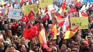 """Vietati ad Ankara tutti gli eventi Lgbti. Governatore: """"Decisione per mantenere l'ordine pubblico"""""""