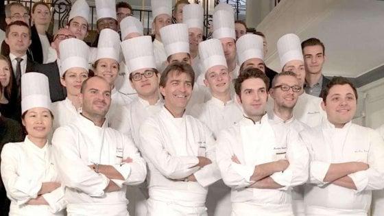 Martino, Michelino e gli altri: gli chef italiani alla conquista dei ristoranti di lusso di Parigi