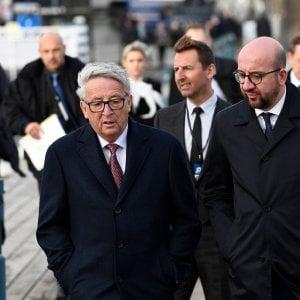 """Jean-Claude Juncker: """"I catalani rispettino la legge. L'Ue sta con Madrid"""""""