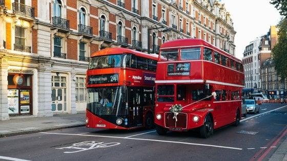 "Londra, i fondi di caffè ""muovono"" gli autobus"