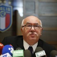 Figc, Tavecchio si è dimesso: