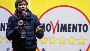 """M5s, l'annuncio di Di Battista: """"Non mi ricandido al Parlamento, voglio scrivere e girare il mondo"""""""