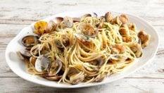 Spaghetti alle vongole perfetti: con questi 10 consigli d'autore sarà impossibile sbagliare