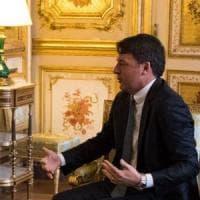 """Macron-Renzi, incontro a due all'Eliseo: """"Piena sintonia"""""""