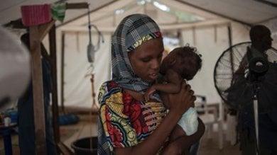 Cibo, nel mondo ogni anno la malnutrizione uccide 3 milioni di bambini   Video