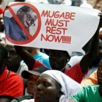 Zimbabwe, il presidente Robert Mugabe si è dimesso