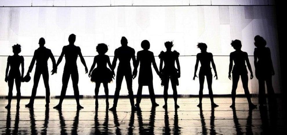 Recirquel Company, con il 'Night Circus' teatro, danza e cabaret sono un tutt'uno