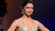 Un film scatena  la protesta nazionalista  degli indù: una taglia   per decapitare  la star di Bollywood