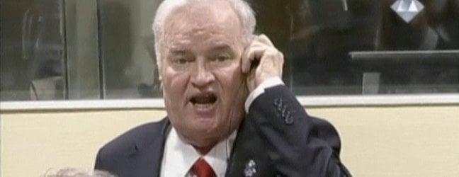 Mladic reagisce alla lettura della sentenza