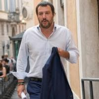 "Salvini a Berlusconi: ""Dal notaio per un patto anti-inciucio"""