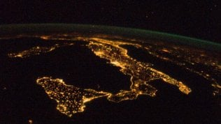 Notti sempre meno buie: colpa dell'inquinamento luminoso