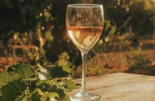Il Chianti protesta e il vino dell'Etna cambia nome