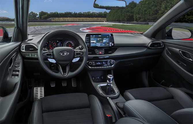 Hyundai i30 N, high performance di serie