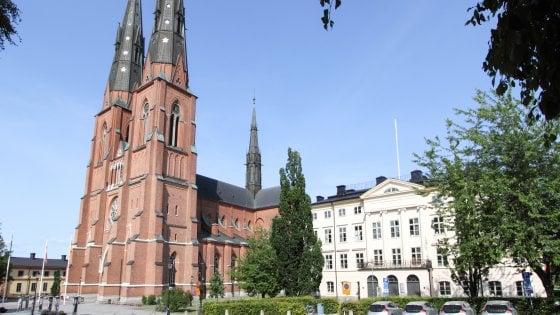 """La Chiesa di Svezia boccia i termini maschili per riferirsi a Dio: """"Non è un uomo, Signore non va bene"""""""