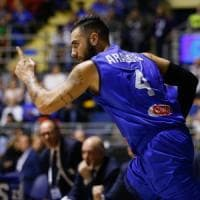 Basket: Sacchetti, buona la prima. L'Italia piega la Romania 75-70