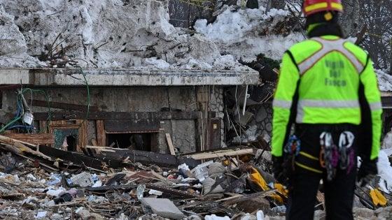 """Rigopiano, le frasi choc prima della tragedia: """"Non devono rompere con l'albergo"""""""