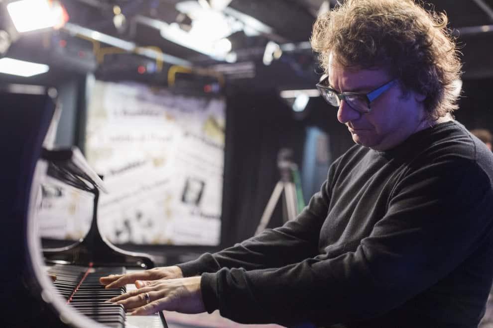 """Il pianoforte di Remo Anzovino: e a novembre è subito """"Estate"""""""