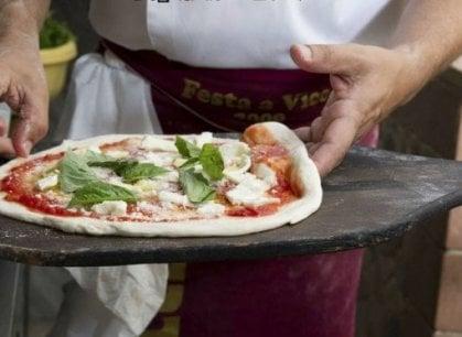 Napoli, 2 milioni di firme perché l'arte dei pizzaioli diventi Patrimonio Unesco