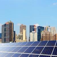 New York, tetti degli edifici pubblici in affitto per l'energia solare