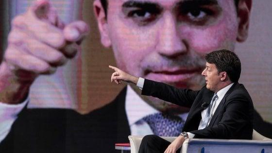 """M5S: """"L'inchiesta sulle fake news è una bufala"""". Renzi: """"Strani legami con la Lega, dimostrino trasparenza"""""""