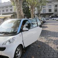 Auto, case, parcheggi: ecco le dieci cose più condivise al mondo