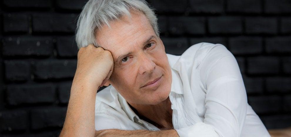 Claudio Baglioni, tour nelle arene per festeggiare 50 anni di musica