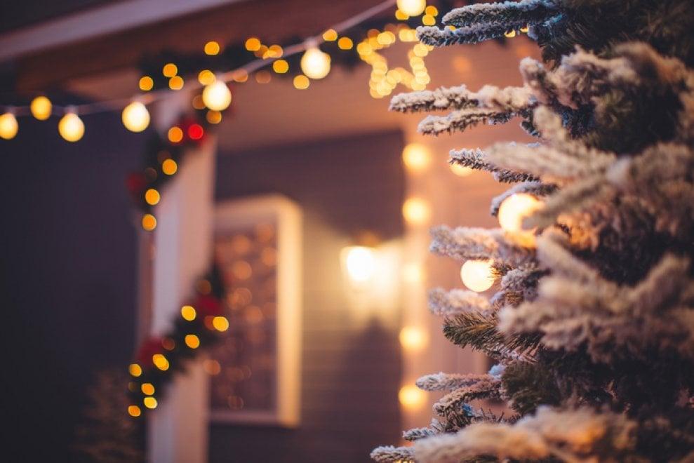 Addobbi Natalizi Quando Toglierli.Addobbi Di Natale 10 Consigli Per Farli Low Cost E In Sicurezza