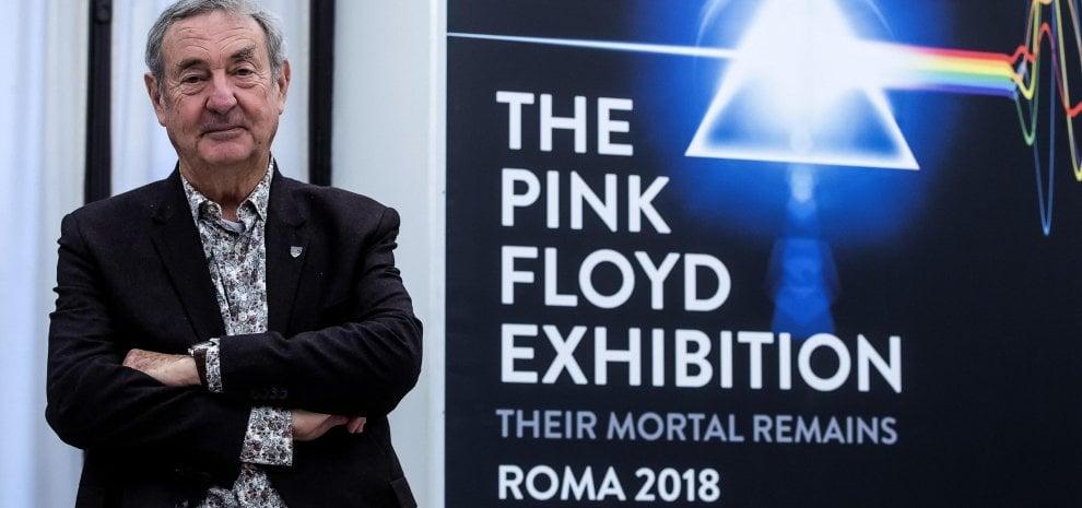 "Pink Floyd, la mostra a Roma. Nick Mason: ""Ringrazio Syd Barrett e Richard Wright"""