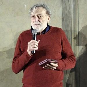 """Gino Strada: """"Destra e sinistra unite contro i migranti"""""""