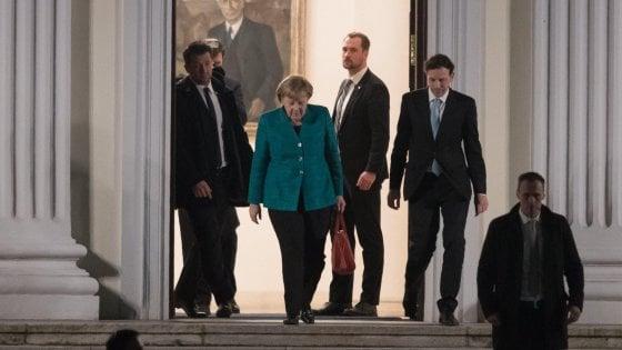 Berlino, vertice di 135 minuti tra i leader dei partiti della Grande coalizione