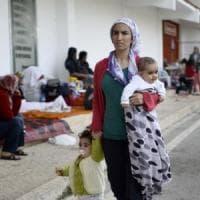 Siria, viaggio nelle strade di Damasco dove si muore per mancanza di cure