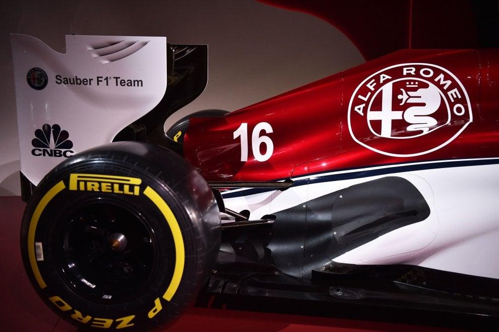 F1, ecco l'Alfa Romeo Sauber: al volante Ericsson e Leclerc