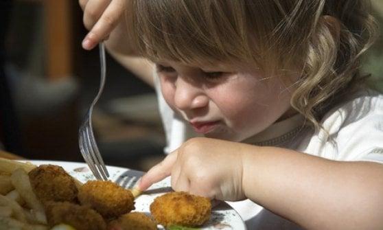 Bambini sì bambini no: il dilemma che divide i ristoranti (e fa arrabbiare i clienti)