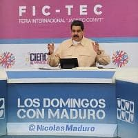 Venezuela, Maduro lancia il Petro: moneta virtuale contro l'inflazione