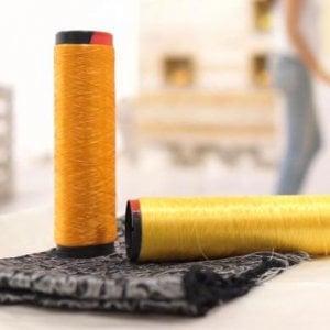 I tessuti di Orange Fiber sono realizzati dagli scarti della lavorazione degli agrumi