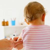 Vaccini, il ministero della Salute querela il Codacons per procurato allarme