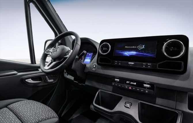 Nuovo Sprinter Mercedes, si cambia tutto