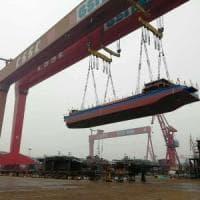Cina, ecco il primo cargo navale elettrico. Ma trasporterà carbone