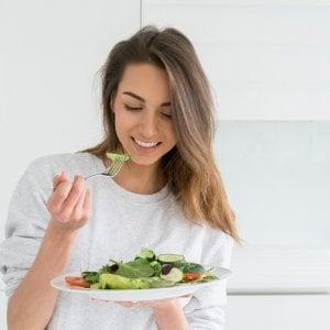 come posso mangiare correttamente per perdere peso