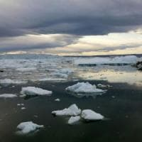 La Groenlandia si scioglie, ma non tutta l'acqua finisce in mare