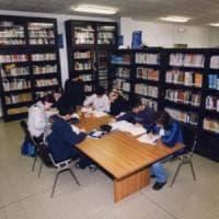 Alle elementari meglio i libri dei computer per imparare a leggere
