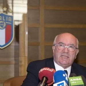 Lega di Serie A, club chiedono proroga commissario