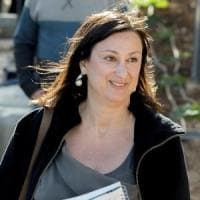 "Malta, Daphne Caruana Galizia's killer last text message: ""Open a bottle of wine for me"""
