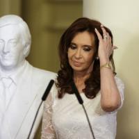 Argentina, l'ex presidente Kirchner incriminata per il patto con l'Iran